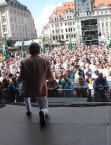 Hans-Jürgen Beyer auf der Bühne beim Stadtfest 2019 in Leipzig